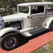 1928 chevrolet ad 2 door sedan chevy classic chevrolet for 1928 chevy 2 door coupe