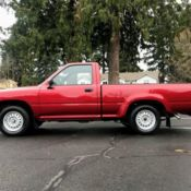 1991 Toyota Pickup pick-up w/ 22re 2wd 5 speed manual