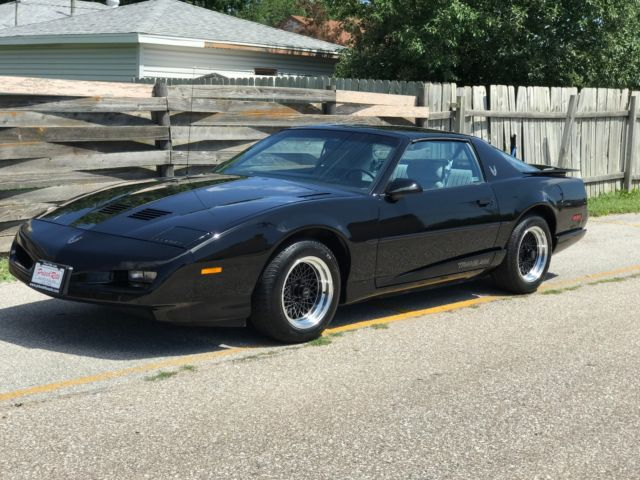 1 owner local legend 1991 pontiac firebird trans am with. Black Bedroom Furniture Sets. Home Design Ideas