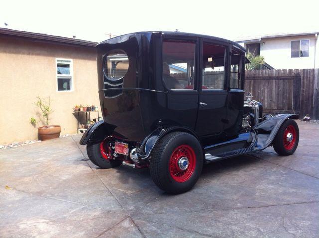1922 Center door Ford T street rod/hot rod frame up restoration - Classic Ford Model T 1922 for sale