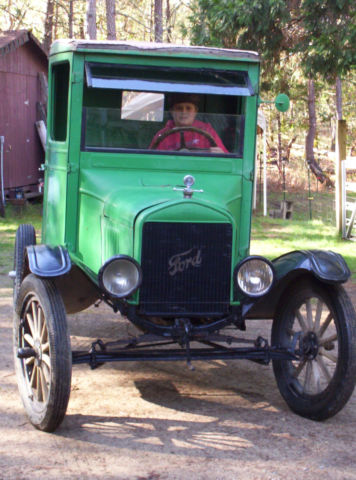 Vintage Ford Model T Ton Truck W Trailer Cab Or on 1 2 Ton Flatbed