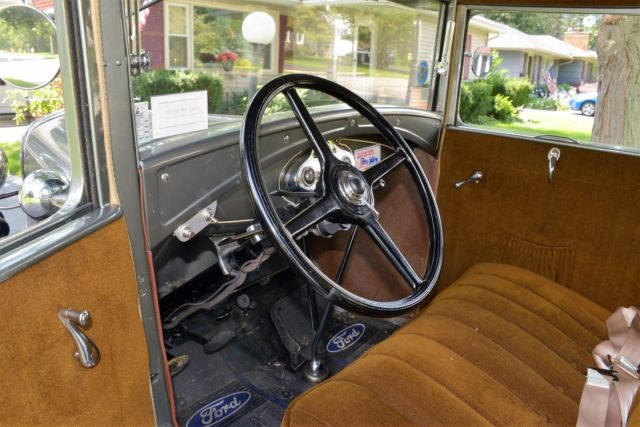 Model A Ford Deluxe Rumble Seat Coupe