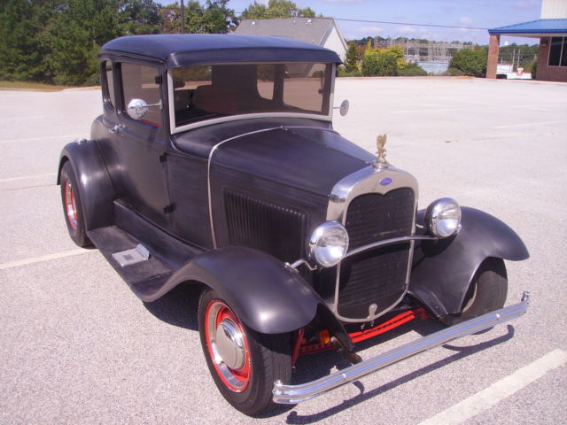 """1931 Ford 5 Window Coupe 350 V8 350 Trans Dropped Axle Frontend Ford 9"""" Rear - Classic Ford"""
