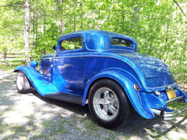 1932 ford 3 window coupe 454 chevy engine classic ford for 1932 chevy 5 window coupe