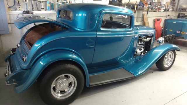 1932 Ford 3 Window Coupe And Mullins Trailer Classic