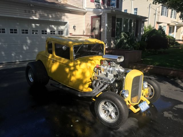 1932 ford 5 window coupe original steel body classic for 1932 5 window coupe body