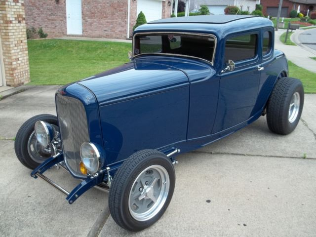 1932 ford 5 window highboy coupe built by bobby alloway. Black Bedroom Furniture Sets. Home Design Ideas