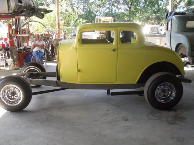 1932 ford 5 w coupe american graffiti project hotrod for 1932 ford five window coupe project for sale
