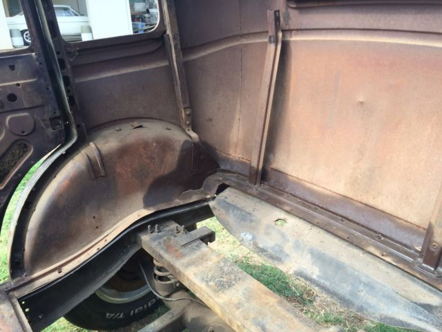 Dings And Dents >> 1932 Ford Sedan four door Fordor BODY ONLY!! Gasser Rat Hot Rod Not 3W 5W Coupe - Classic Ford ...