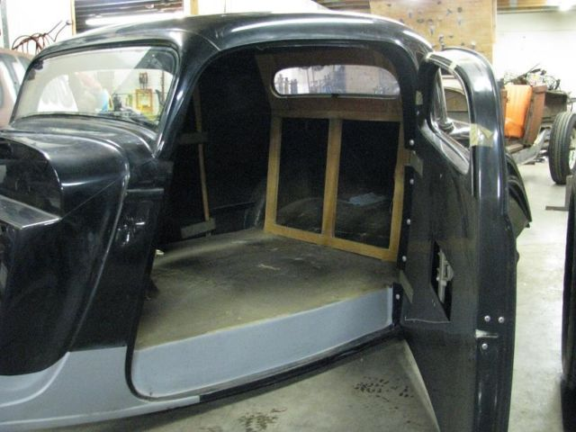 1933 1934 Ford 3 Window Coupe Minotti Fiberglass Body