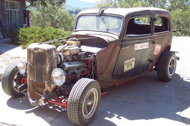 1933 Ford 2 Door Sedan Rat Rod Custom 32 Ford Classic