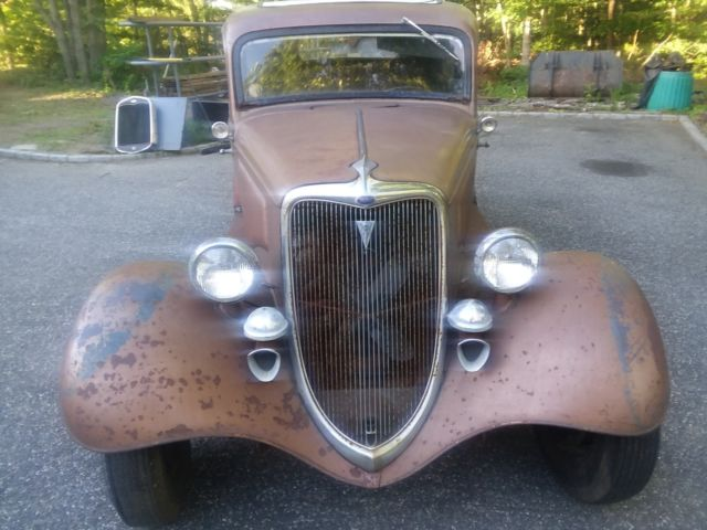 1934 Ford V8 2 Door Sedan 1957 283 Four Barrel Bonnie And