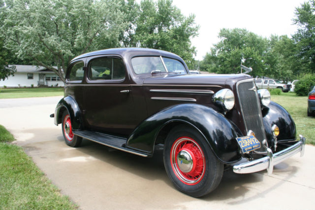 1935 Chevrolet Master Deluxe 2 dr  Sedan - Classic Chevrolet