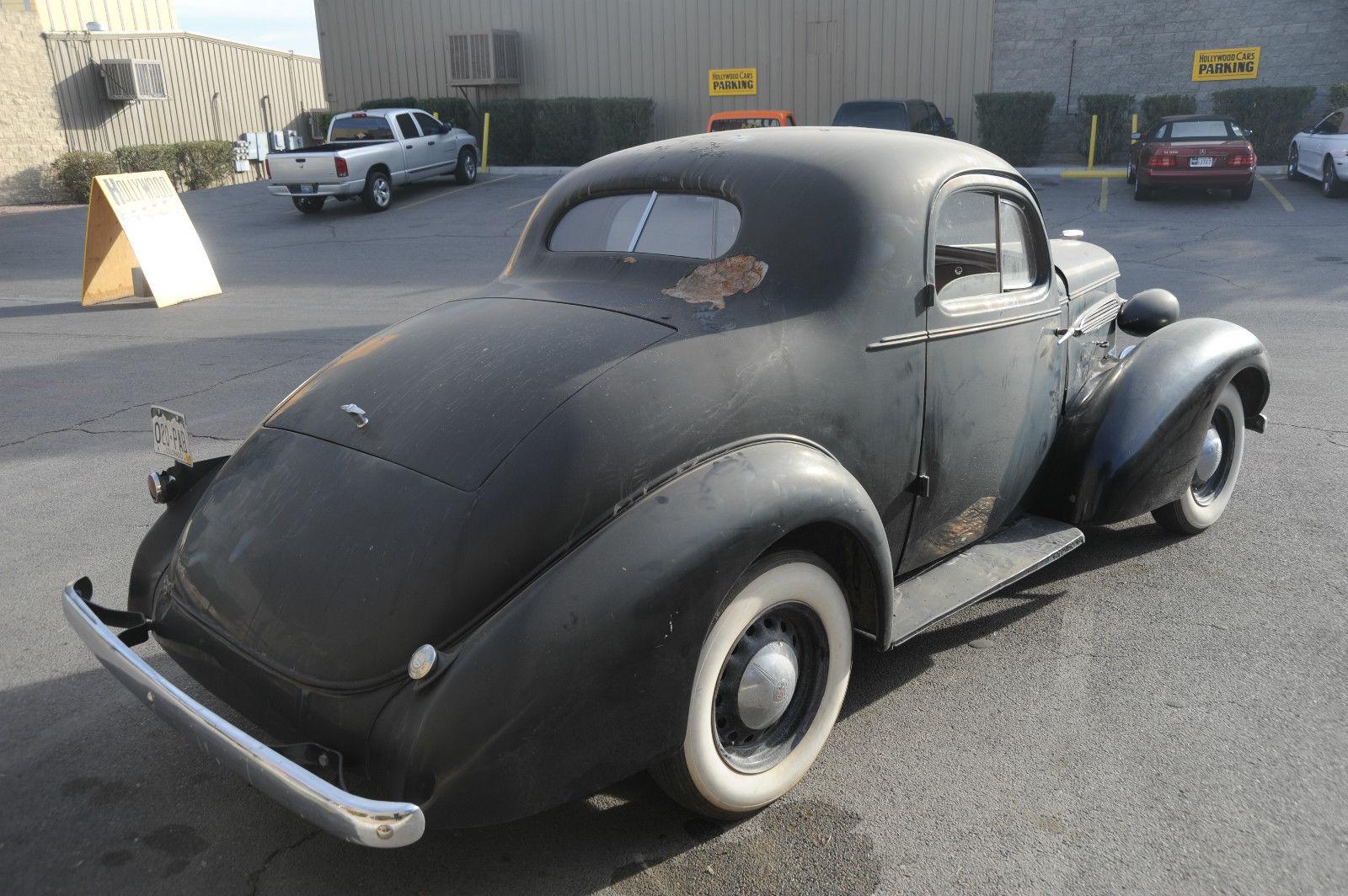 1935 Oldsmobile Coupe Suicide Doors, Original Barn Find