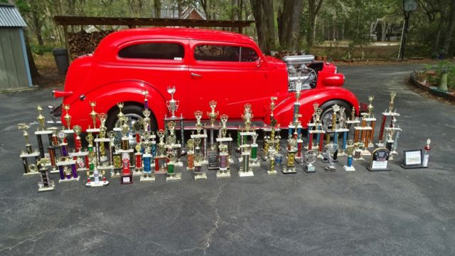 1937 37 Chevy 2dr sedan, 4 inch chop, 671 blower 350 700R4 ...