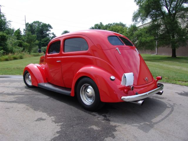 1937 ford two door sedan all steel with heidts mustang ii ifs gm 350 turbo 350 classic ford for 1937 ford two door sedan