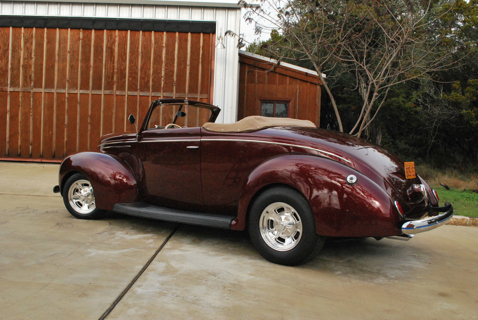 1939 Henry Ford Deluxe Convertible, with Rumble Seat ...
