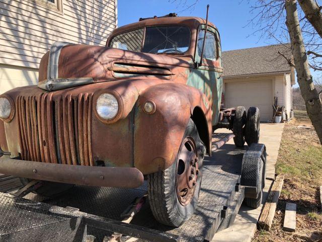 1940 1941 1942 1945 1946 1947 Ford Big Truck Flathead V8
