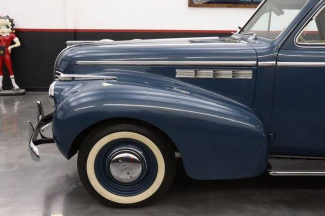 1940 buick 40 special business sedanette