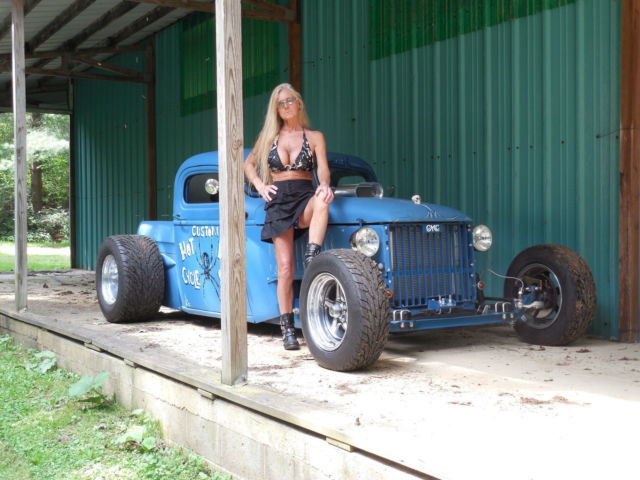 B Ecd Low Res in addition Ford F Rat Rod Truck moreover Jeep Wagoneer American Cars For Sale X X also Front furthermore Ford F Raptor Supercrew Tail L. on 1950 ford grill for sale