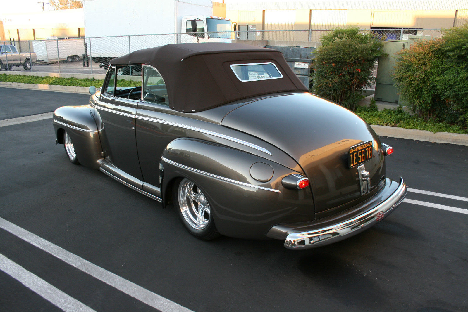 1942 Ford Deluxe Convertible Street Rod 1940 1941 1946