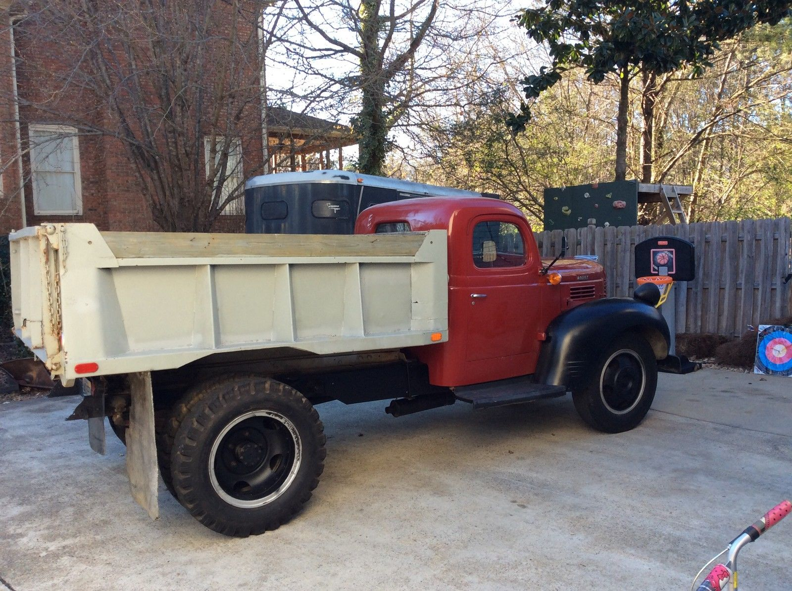 1946 dodge wf 1 1 2 ton dump truck 236 flat head 6 cylinder very solid classic dodge other. Black Bedroom Furniture Sets. Home Design Ideas
