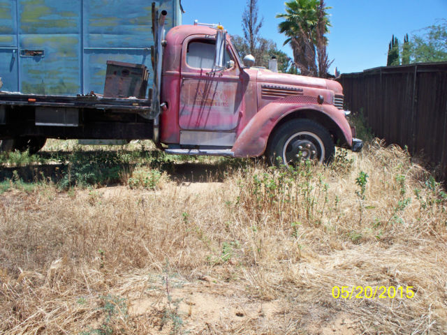 1946 International truck with 18' flatbed - Classic ...