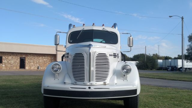 1948 REO SPEEDWAGEON CUSTOM CAR HAULER WHITE GOOD CONDITION