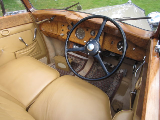 1949 rolls royce silver wraith convertible by hooper for Rolls royce auto
