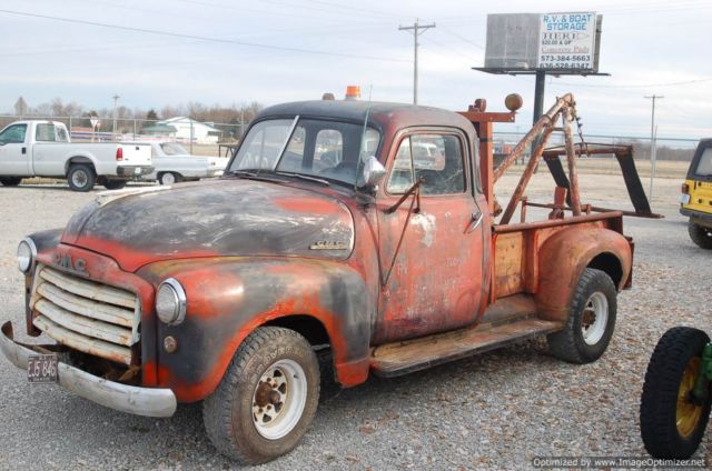 1951 GMC Vintage Tow Truck Runs and Drives Orginal