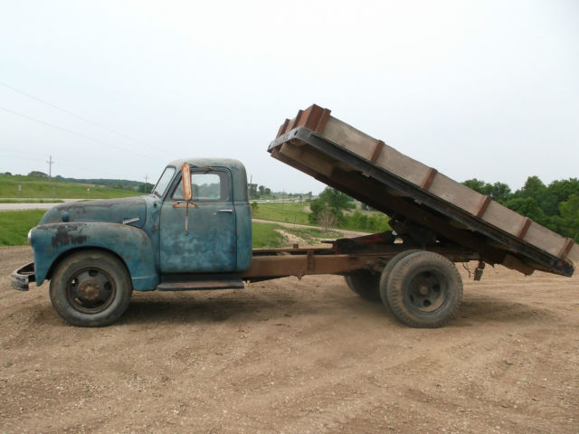1952 Chevy Truck With Hoist Good Runner Pto Patina Paint