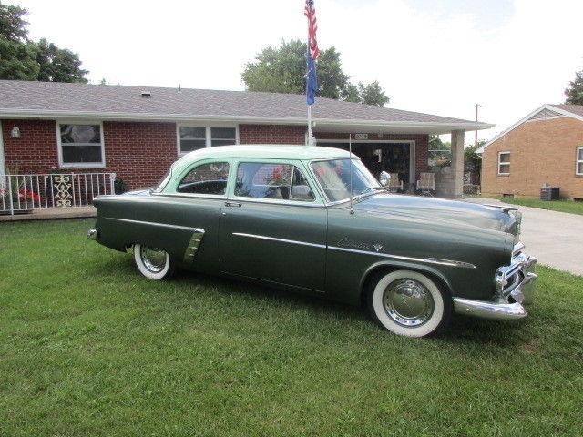 1952 ford tudoor customline flathead v8 v 8 3 speed for 1952 ford customline 2 door