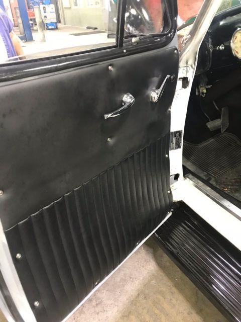 1952 gmc pickup chevy chevrolet 5 window