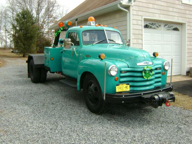 1953 Chevrolet 6500 Tow Truck Wheel Lift Wrecker