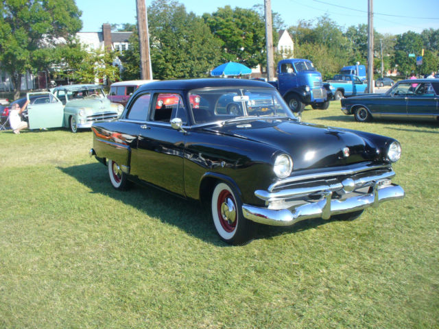 1953 ford mainline 2 door sedan v8 3 speed manual w for 1953 ford 4 door sedan