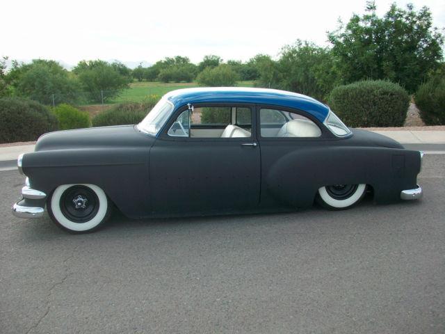 1954 chevrolet 2 door sedan air bagged mild custom chevy for 1950 chevy 2 door sedan