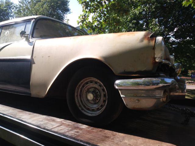 1956 pontiac chieftain 2 door hardtop solid v8 older for 1956 pontiac 2 door hardtop