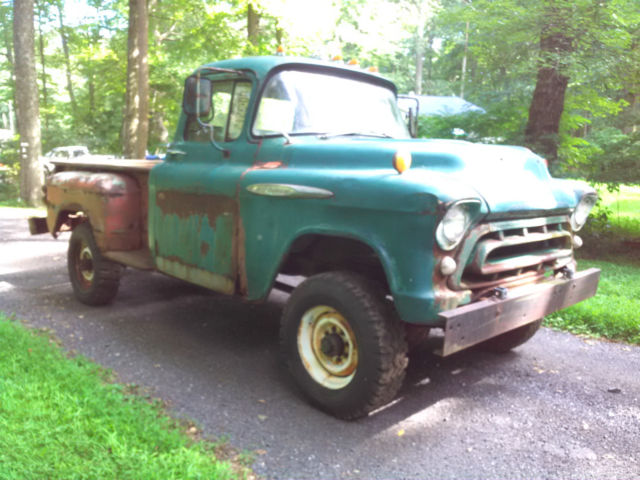 1957 CHEVROLET 3600 pickup truck original NAPCO 4x4 - Classic