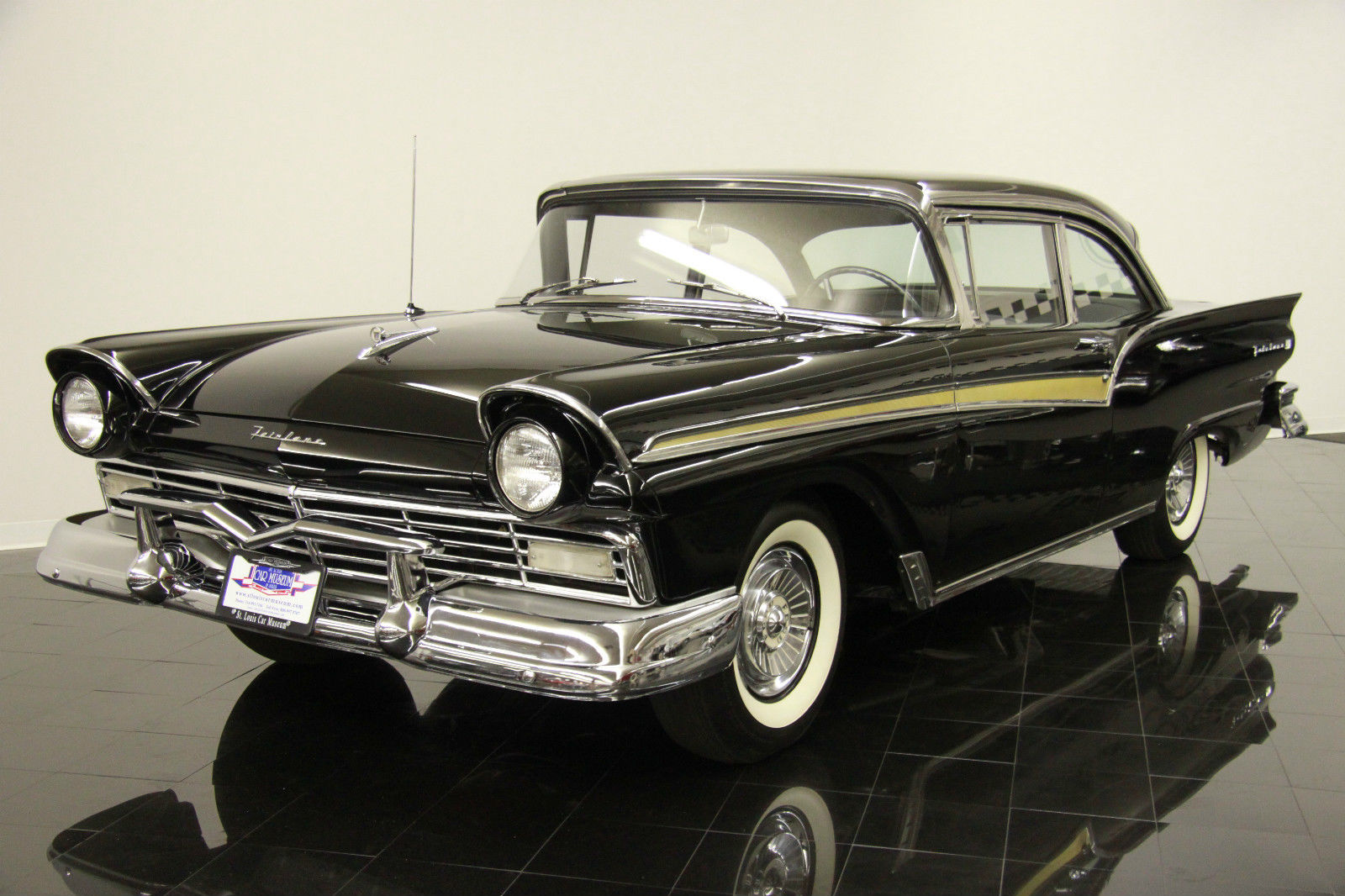 1957 ford fairlane 500 club sedan f code frame off restored 312ci v8 300hp classic ford. Black Bedroom Furniture Sets. Home Design Ideas