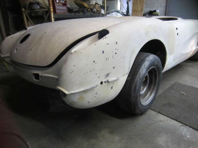 Corvette Rolling Body Perfect Resto Mod Project C New Windshield Frame on 1958 Chevrolet Corvette Convertible