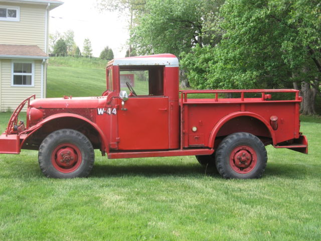 dodge  powerwagon  military  fire truck  reserve classic dodge