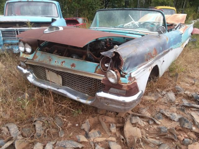 1958 Ford Crown Victoria