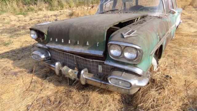1958 pontiac chieftain safari station wagon no reserve classic pontiac chieftain safari. Black Bedroom Furniture Sets. Home Design Ideas