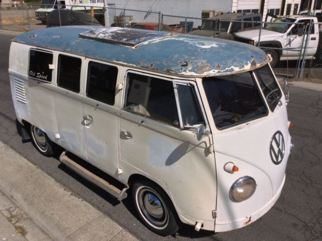 1961 Volkswagen VW Camper Bus SO23 Sub hatch van vintage