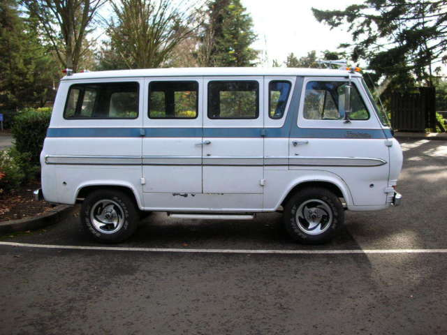 1962 Ford Econoline Window Van - Classic Ford E-Series Van
