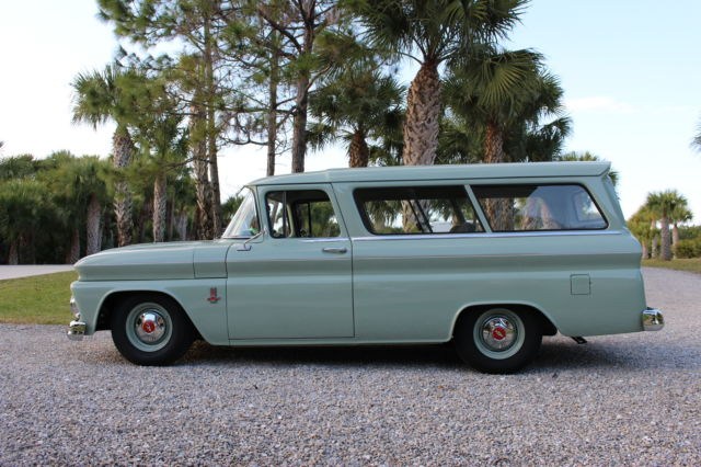1963 Chevrolet CarryAll 2-door Suburban HIGH QUALITY