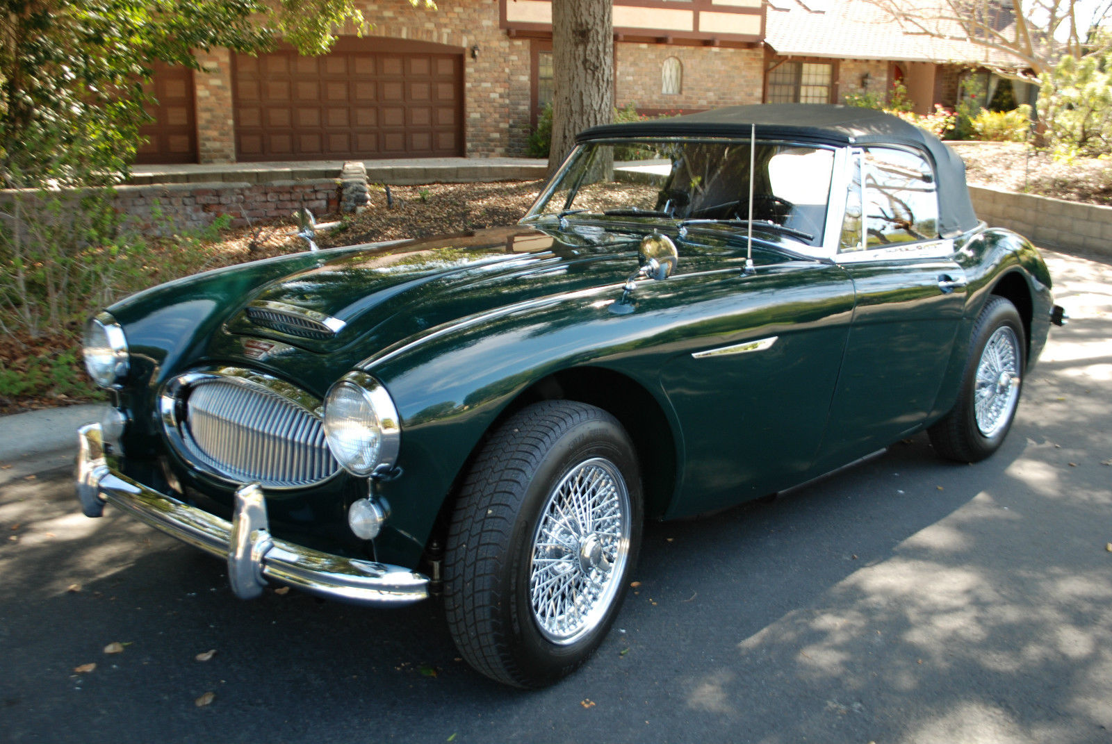 1964 austin healey 3000 mk iii bj8 british racing green with black leather trim classic austin. Black Bedroom Furniture Sets. Home Design Ideas