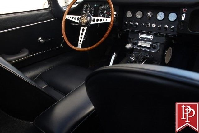1964 jaguar e type xke roadster 28389 miles opalescent silver blue classic jaguar e type 1964. Black Bedroom Furniture Sets. Home Design Ideas