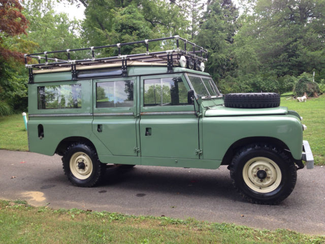 1964 land rover 109 series iia station wagon 5 door classic land rover series iia 109 wagon. Black Bedroom Furniture Sets. Home Design Ideas