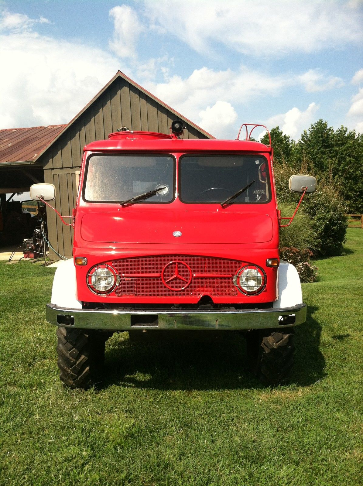 1964 mercedes benz unimog 404 fire pumper truck with for Mercedes benz trucks